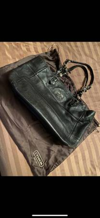 Photo Black Leather Coach Bag - $40 (Sierra Vista)