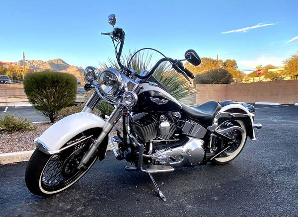 Photo Custom 2005 Harley-Davidson Softail Deluxe EFI FLSTNI - $9,999 (TUCSON)