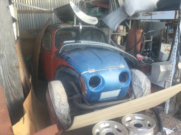 Photo Huge VW collection parts cars engines transmissions Baja - $3,500 (Rodeo)