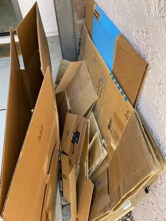 Photo Moving boxes (Gold canyon)
