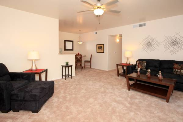 Photo Pet Friendly-NO Breed Restrictions Gated Community Walking Path (The Place at Savanna Springs)