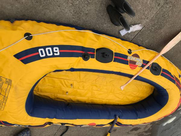 Photo Sevylor Sun Tracker 600 6 Person Inflatable Boat - $300 (Reserve, NM)