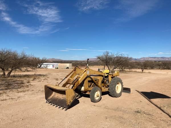 Photo Tractor For Sale - $6,000 (Saint David)