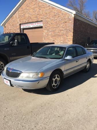 Photo 2000 Lincoln Continental - $1850 (Dakota City, NE ( wwww.odellauto.com)