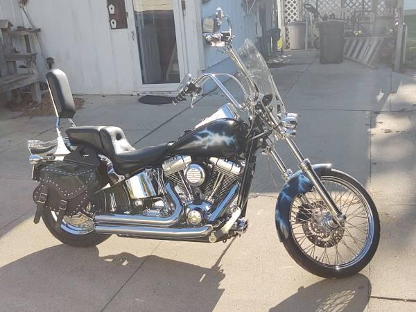 Photo 2004 Harley Soft tail custom - $5,000 (Dunlap)