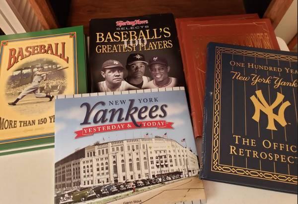 Photo BASEBALL BOOK COLLECTOR39S SET - NEW YORK YANKEES - 6 BOOKS LIKE NEW - $60 (Papillion)