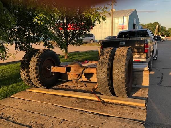 Photo Dual Wheel Truck Axle - $125 (Vermillion S. D. Area)