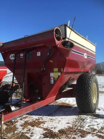 Photo J and M 525 Grain Cart - $5,500 (Maurice IA)