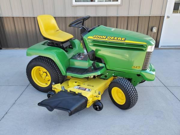 Photo John Deere 345 Lawn  Garden Tractor54 MowerSuper Low Hours - $2995 (Sioux City, Iowa)