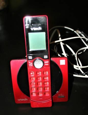Photo Red VTech wireless landline phone - $8 (Omaha)