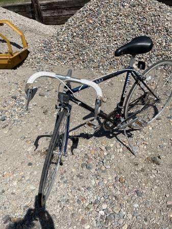 Photo Schwinn Bike - $25 (Sioux City, IA)