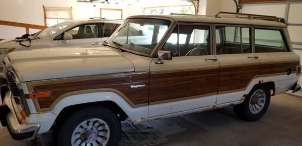 Photo 1983 Jeep Wagoneer Limited - $7,500 (Vermillion)