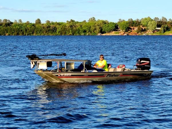 Photo 2005 Fisher 1700 bass boat - $6,000 (Mitchell)