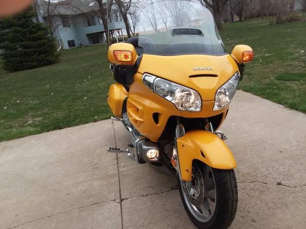 Photo 2010 Honda Goldwing for sale - $9,250 (Harrisburg)