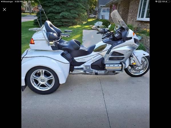 Photo 2012 Honda Goldwing - $22,000 (Alta Iowa)