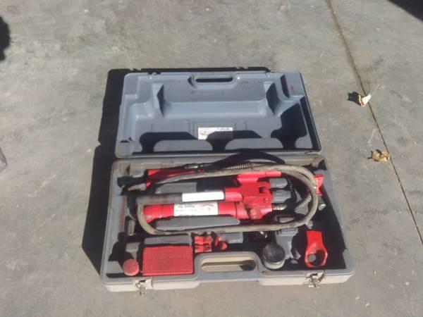 Photo 4 ton hydraulic ram system - $20 (Madison SD)