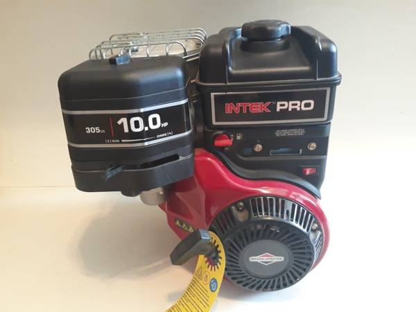 Photo Briggs  Stratton 10 HP Intek Pro Engine Brand New - $255 (MITCHELL)