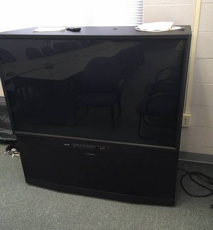 Photo Completely Updated Mitsubishi Gold Series WS-55311 55quot 1080 HDTV - $150 (Sioux Falls)