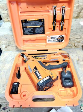 Photo Cordless Paslode 30 Framing Nailer - $200 (VERMILLION)