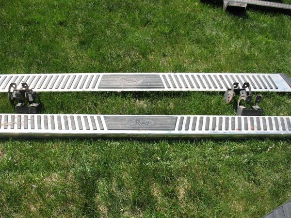 Photo Factory Ford F-150 Running Boards Side Step Bars - $50 (Sioux Falls)