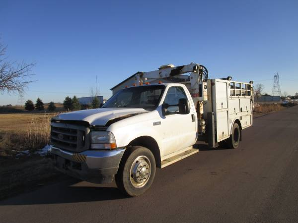 Photo Ford F550 7.3 Diesel IMT Stellar Tire Truck LQQK - $1 (SIOUX FALLS)