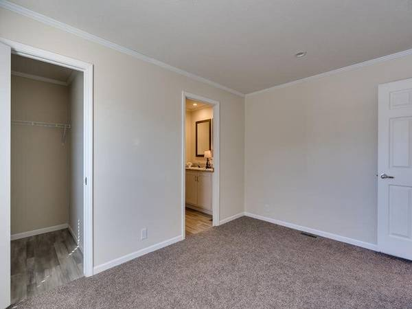 Photo Lock in the Best Home Price of the Season Now Will Not Last Long (Pre-School Programs in Walking Distance)