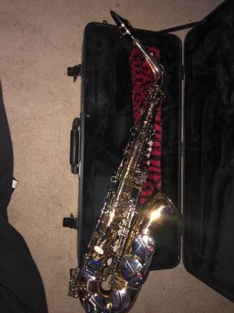 Photo Selmer Alto Saxophone - $800 (Sioux Falls)