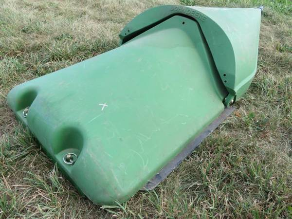 Photo Used John Deere Permaglide Wide Center Row with Snout - $150