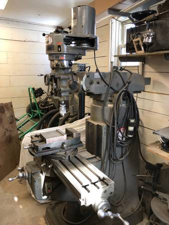 Photo Vertical milling machine Enco Bridgeport - $4,300 (Irene)
