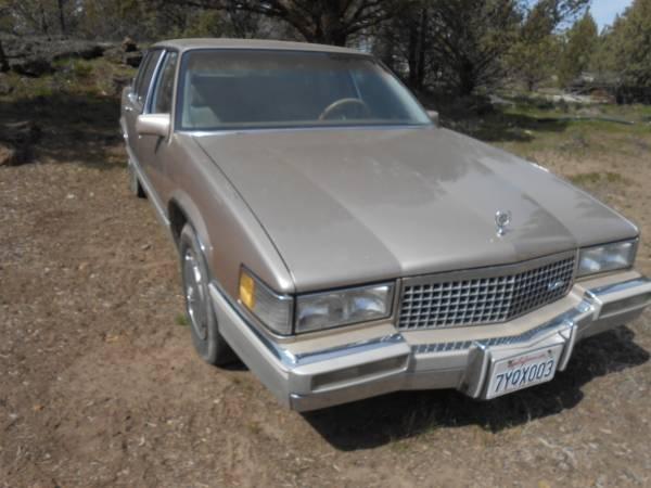 Photo 1989 Cadillac Sedan DeVille - $875 (Yreka-Montague)