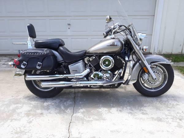 Photo 2002 Yamaha V Star 1100 Classic - $2,995 (Cottonwood)