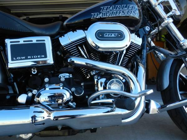 Photo 2016 Harley Davidson Dyna, low miles - $12,500 (Klamath Falls)