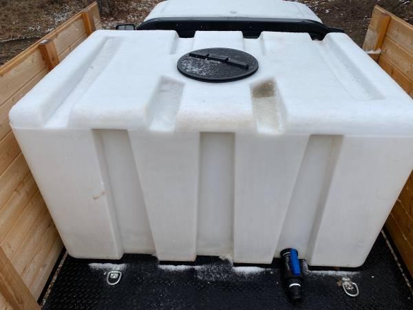 Photo 500 Gallon Square Tank - $400 (Hornbrook)