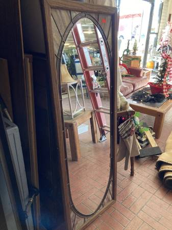 Photo Full length vintage stained glass mirror - $170 (Red Bluff)