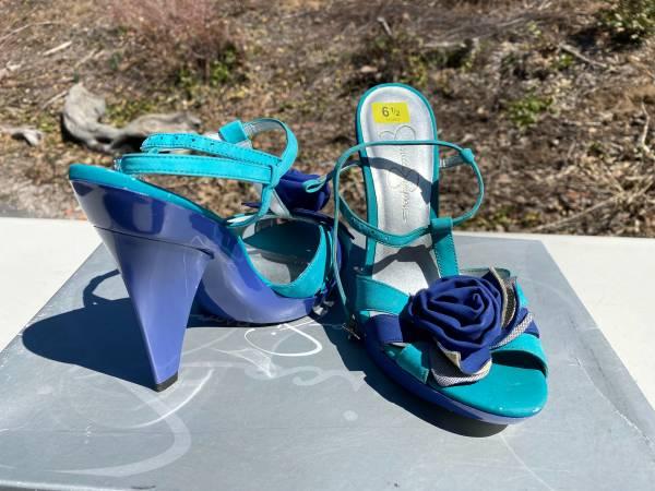 Photo Jessica Simpson Blue Nile high heels size 6 12 (new) - $25 (Mount Shasta)