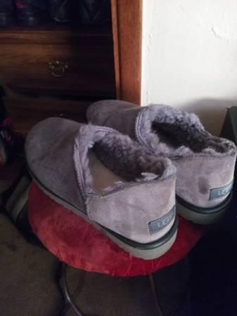 Photo Mens UGG Slippers (size 9.5) - $35 (Eureka)