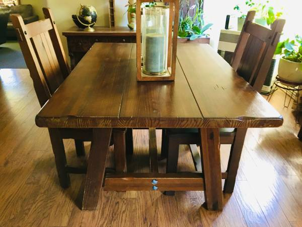 Photo Pier 1 Imports Brazilian OOAK dining table  chairs - $450 (Mount Shasta)