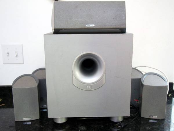 Photo Polk Audio Home Theater Speakers  JBL Subwoofer, Very good condition - $169 (Grants Pass)