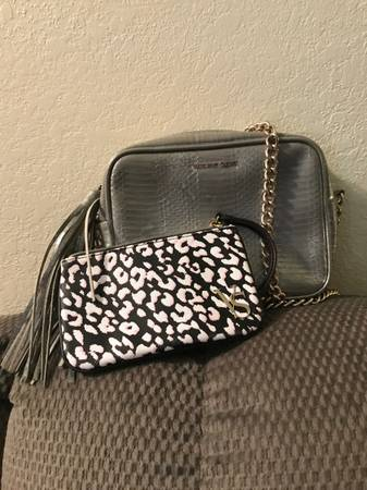 Photo Victoria Secret Purse  Coin Purse - $12 (Medford)