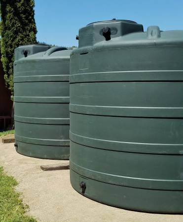 Photo Water Tank 2,500 Gallon Commercial Grade quotBest In Classquot - $1349 (State of Jefferson)