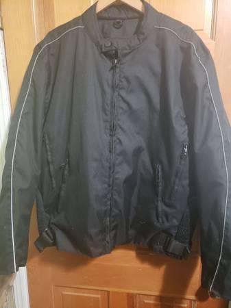 Photo Winter coats - $40 (Mt shasta)