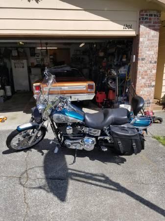 Photo 2004 Harley Davidson dyna wide glide - $5,900 (arlington)