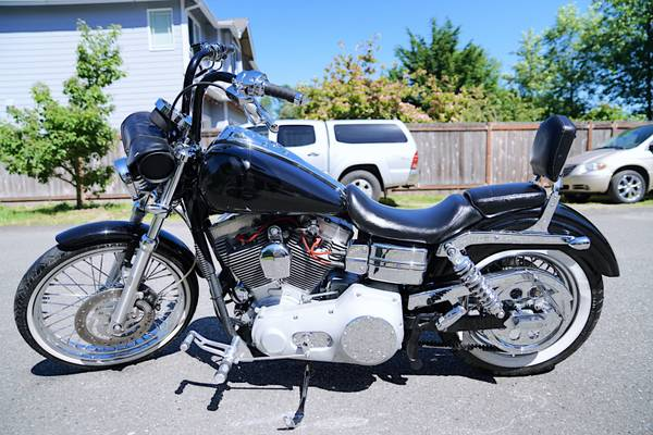 Photo 2005 Harley Dyna Super Glide - $8,000 (Renton)