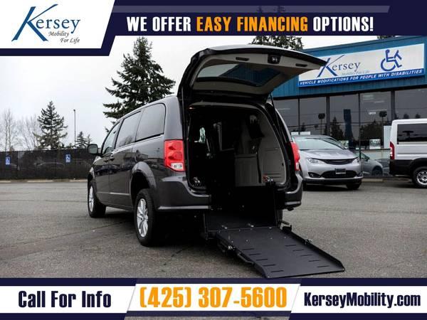 Photo 2014 Dodge Grand Caravan $332mo Wheelchair Van Handicap Van - $30,995 (Kersey Mobility)