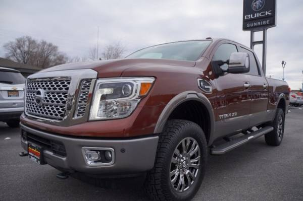 Photo 2016 Nissan Titan Xd PLATINUM - $35970