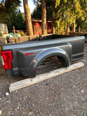 Photo 2017 Ford F350 Dually Long Bed - $5,000 (Sedro Woolley)