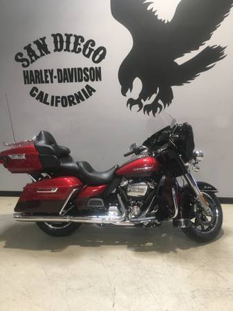 Photo 2018 Harley Davidson Ultra Limited - $22,500 (Anacortes)