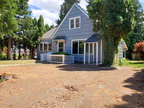 Photo 3Bed2Bath With Full Basement House For Rent (East Wenatchee WA)