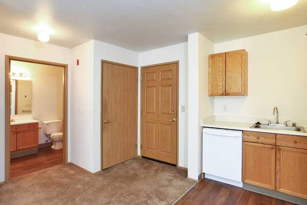 Photo AMAZING One Bedroom Call For A Tour Today  (625 Stillaguamish Ave Arlington, WA)