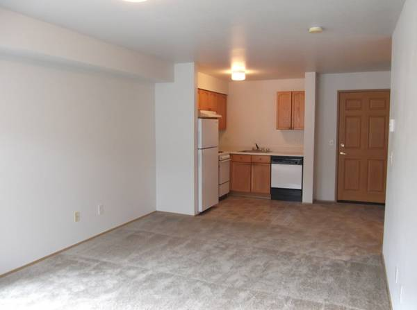 Photo Beautiful One Bedroom Call For Detail And To Set A Tour. (625 Stillaguamish Ave Arlington, WA)